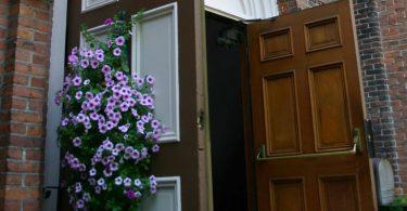 close-church-back-door